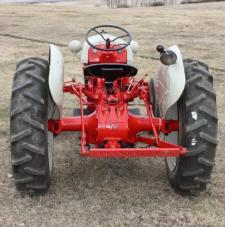 Antique Tractor Sale | Olds Auction Mart & Rosehill Auction